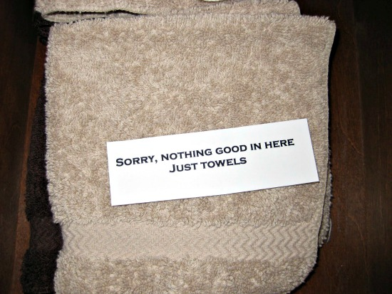 Are You a Bathroom Snooper?