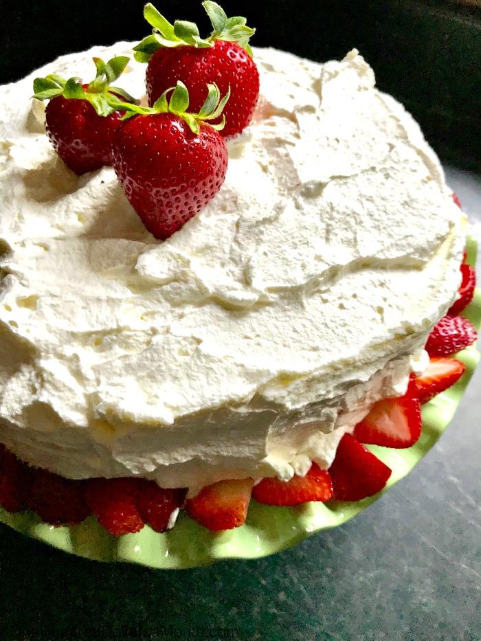 Recipe: The Best Strawberry Pudding Cake Ever