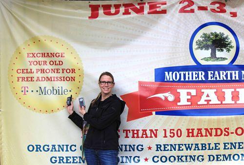 Mavis Goes to The Mother Earth News Fair 2012