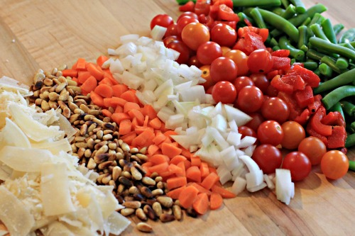 Easy Pasta Salad Recipes – Pasta Salad with Green Beans, Tomatoes and Roasted Peppers