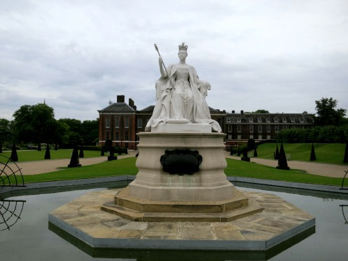 Mavis Travel Blog – Kensington Palace Gardens