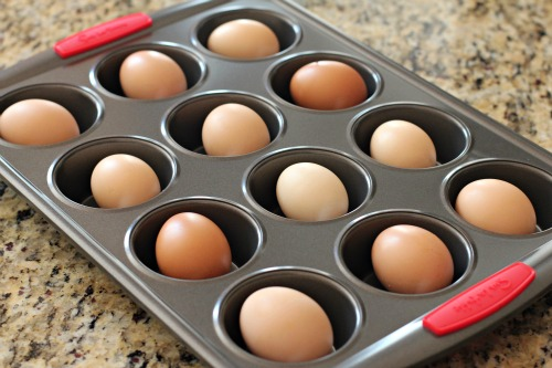 "How to Bake ""Hard Boiled"" Eggs In The Oven"