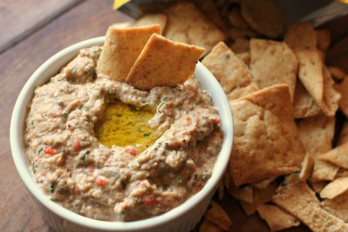 dip baba ganoush baba ganoush eggplant dip next to the dip yummy ...