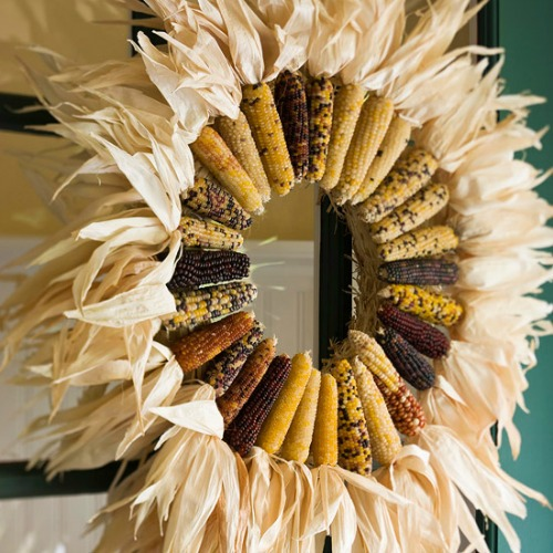 Corn Stalk Decoration Ideas: Fall Decorating Ideas