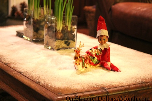 Elf on the Shelf – Ernesto the Elf Brings Fresh Snow from The North Pole