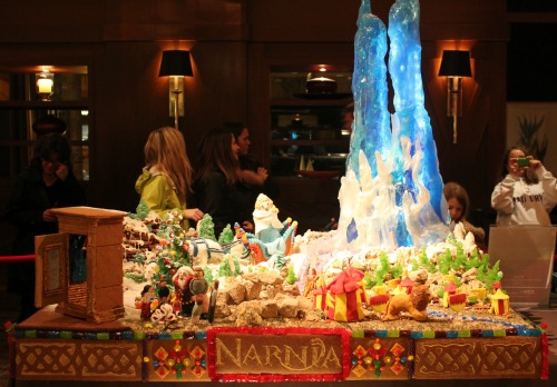 Seattle Sheraton | Gingerbread Village 2012 – Narnia