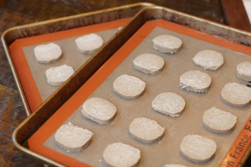 25 Days Of Christmas Cookies – Buttered Rum Meltaway Cookies