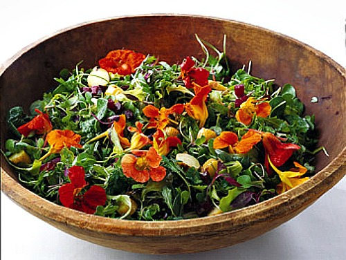 baby greens with roasted beets and potatoes