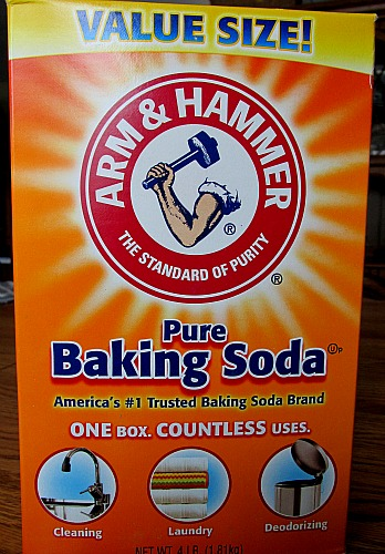 Money Saving Tips – 15 Cool Uses for Baking Soda