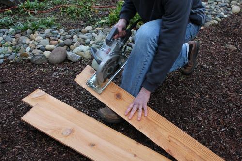 cutting fence boards