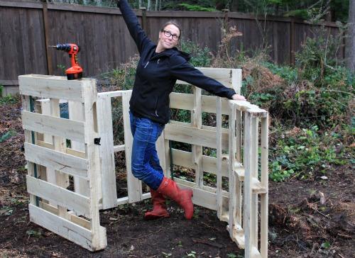 Alfa img - Showing > Inexpensive Build Yourself Compost Bins