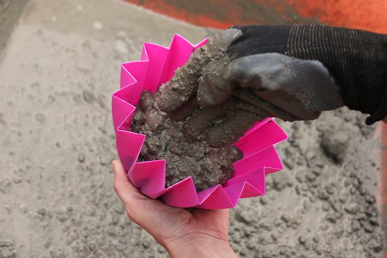 Make Your Own Concrete Planter Tutorial