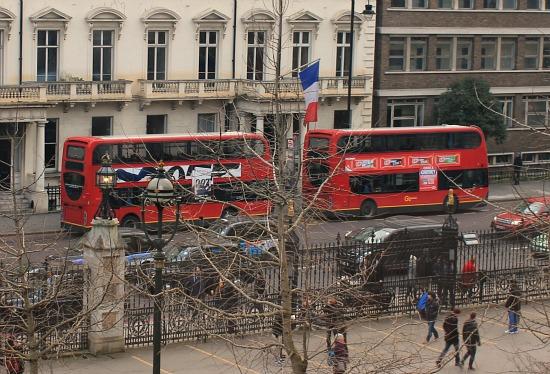 london double decker bus