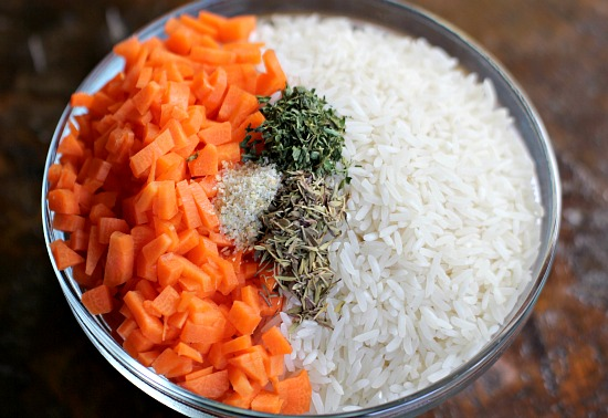Rice Cooker Recipes – Chicken and Thyme Rice with Carrots