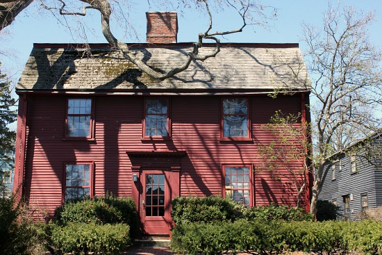 nathanial hawthrone house house of the 7 gables salem Massachusetts