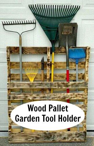 DIY Recycled Wood Pallet Garden Tool Holder