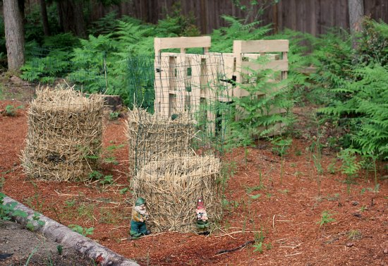 diy wood pallet compost pin potato towers
