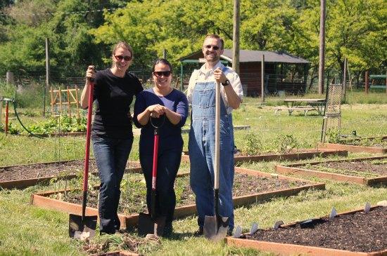 JBLM Community Gardens and Planting Peas with Preschoolers