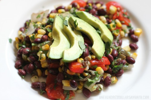 easy-summer-recipes-grilled-corn-roasted-pepper-and-black-bean-salad