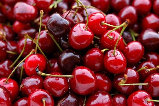 Sweet Cherry Cobbler