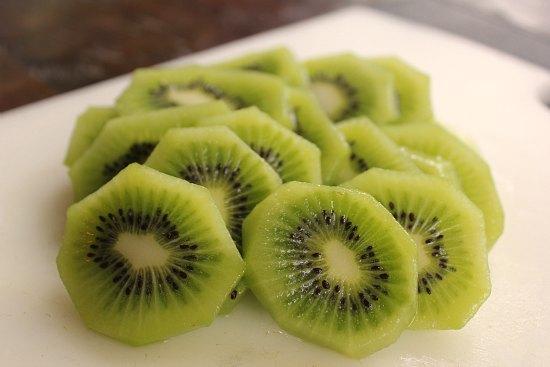 kiwi fruit sliced