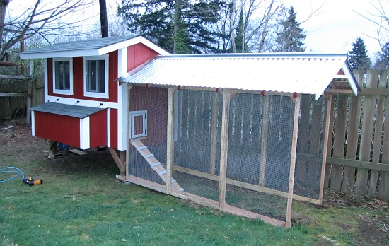 red chicken coop design