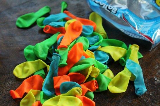 How to Make Water Balloon Flip Flops