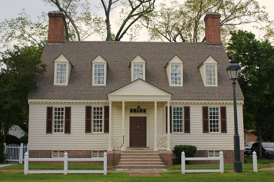 Homes-of-Colonial-Williamsburg-Va3.jpg