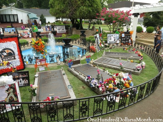 Graceland Elvis Home Is Awesome One Hundred Dollars A