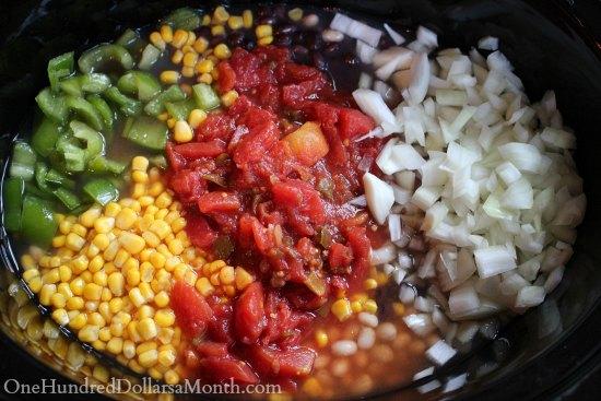 Easy Crock Pot Vegetarian Chili Recipe
