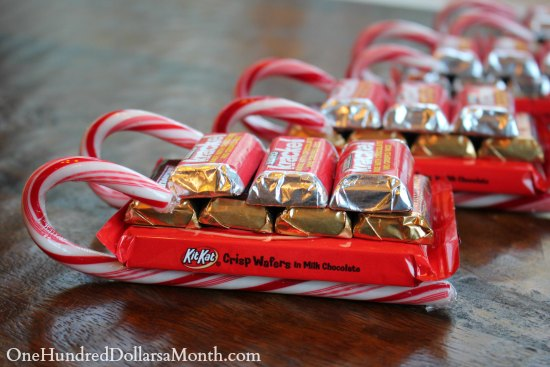 Easy Kids Christmas Candy Crafts – Candy Cane Sleigh