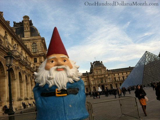 Louvre roaming gnome