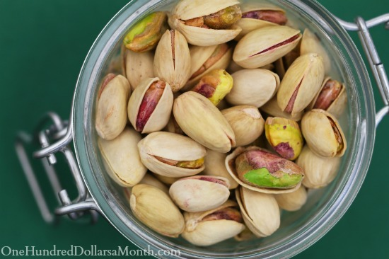Pistachios healthy snacks
