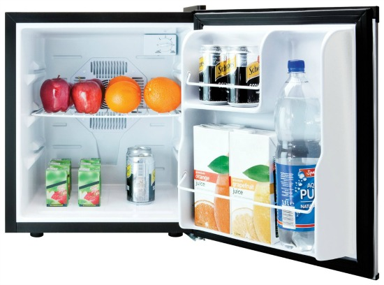 Compact Fridge For Dorm: What To Bring To College