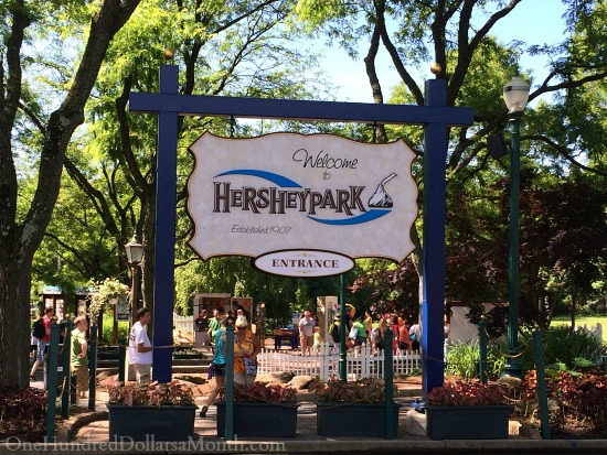 HersheyPark and Desserts Etc. Cafe in Hershey, Pennsylvania