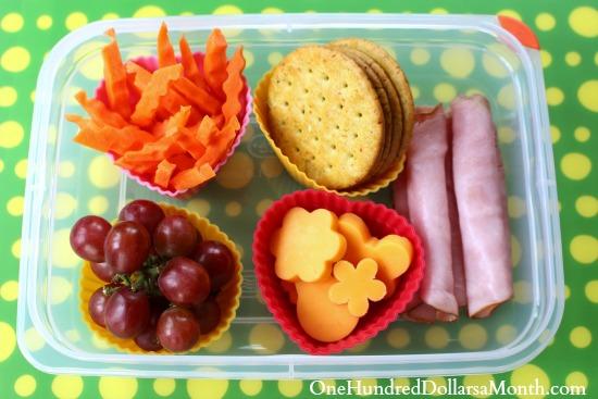 Bento Box Ideas – Ham Rolls, Carrot Sticks, Crackers and Cheddar Shapes