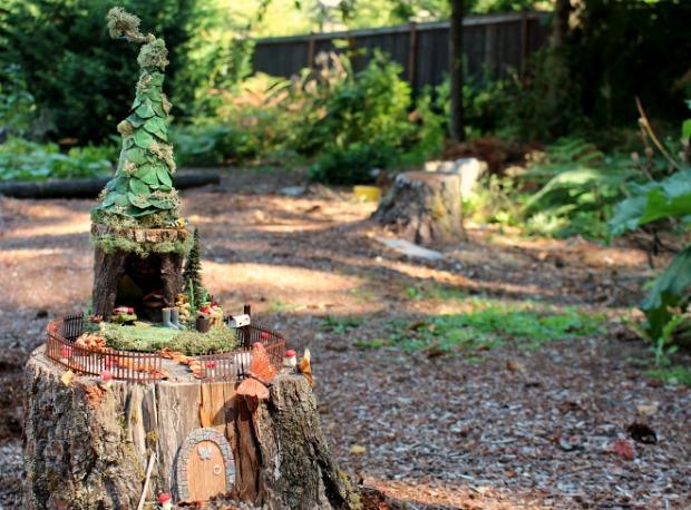 DIY Backyard Fairy Gardens