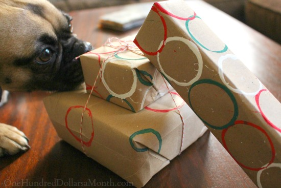 Easy Kids Crafts: DIY Wrapping Paper