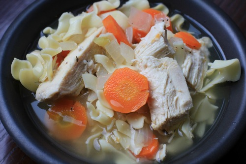 Crock pot recipes chicken beef with ground beef easy for Homemade chicken noodle soup crock pot