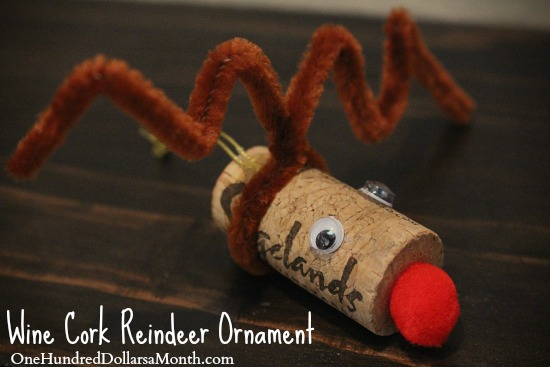 Quick Christmas Craft – Reindeer Ornaments