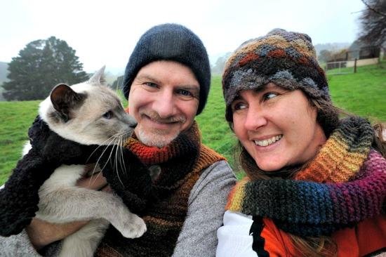 Mavis Mail – Lisa From Australia Impresses Again w/ Her Garden Pictures