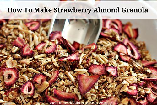 Sunday Brunch Recipes – Homemade Strawberry Almond Granola