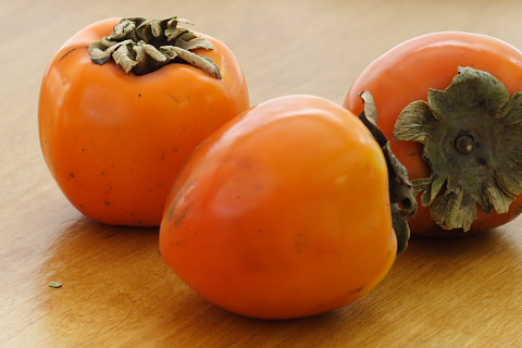 Ask Mavis: Persimmon Recipes, Eating Ugly Vegetables, Art Questions & More