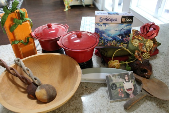 Getting Rid of 1,000 Things – Dessert Plates, Crock Pots, Tablecloths and More