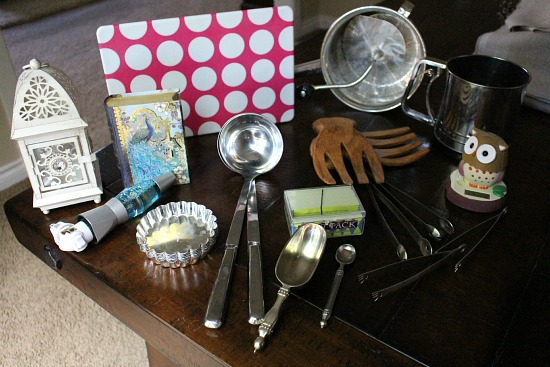 Getting Rid of 1,000 Things – Cookie Cutters, Pickle Forks, Hutzler 571 Banana Slicer and More