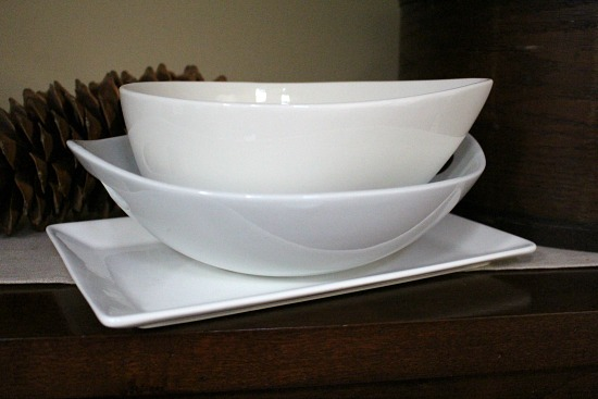 Getting Rid of 1,000 Things – Party Platters, Servings Bowls and Placemats