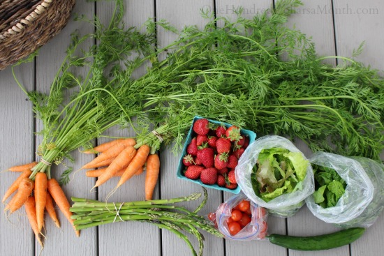 What You Can Expect to Find in a Farmer's Market in June