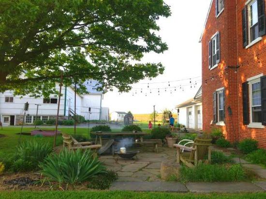 Zoe From Lancaster, Pennsylvania Sends in Her Garden Photos