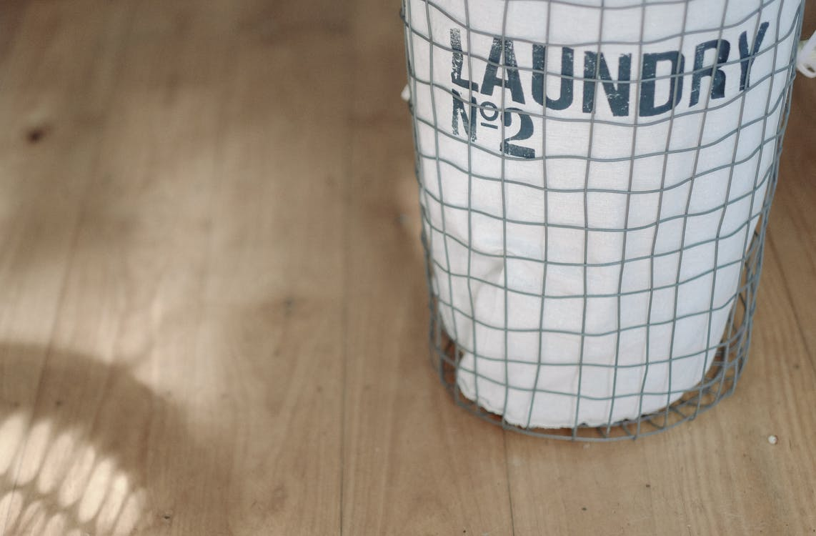 How to Clean Smelly Gym Clothes