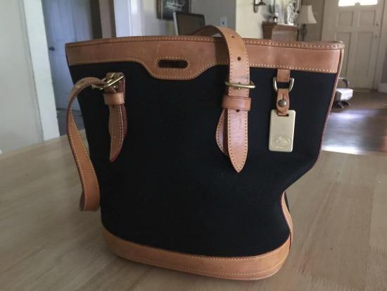 Mavis Mail – Karen from Hazel, Kentucky Shows Off Her Thrift Store Finds